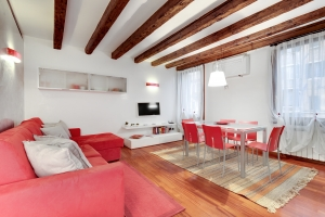 Biennale Apartment (IT)